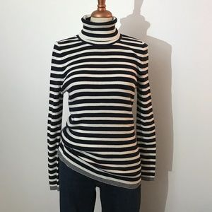 Gap - Blue and White Striped Turtleneck Sweater L